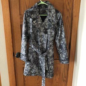 Dana Buchman like new animal print trench coat
